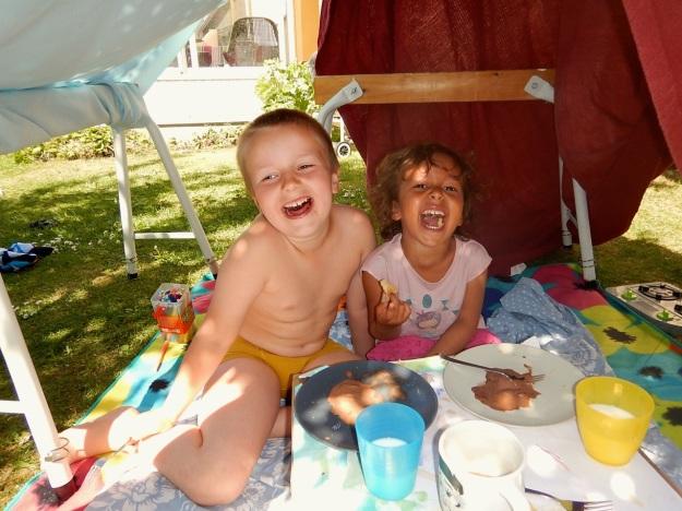Glada ungar