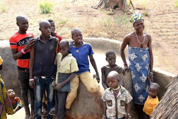 familjen-i-byn