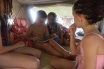 Kompisar i tältet