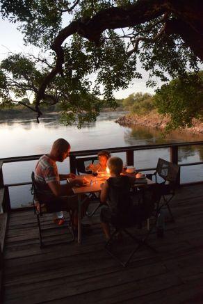 Middag Zambiadag1