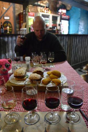 vinprovning och portugisisk lunch